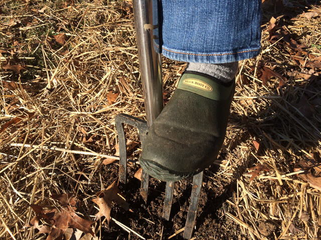 Muck boots are a great gift for gardeners
